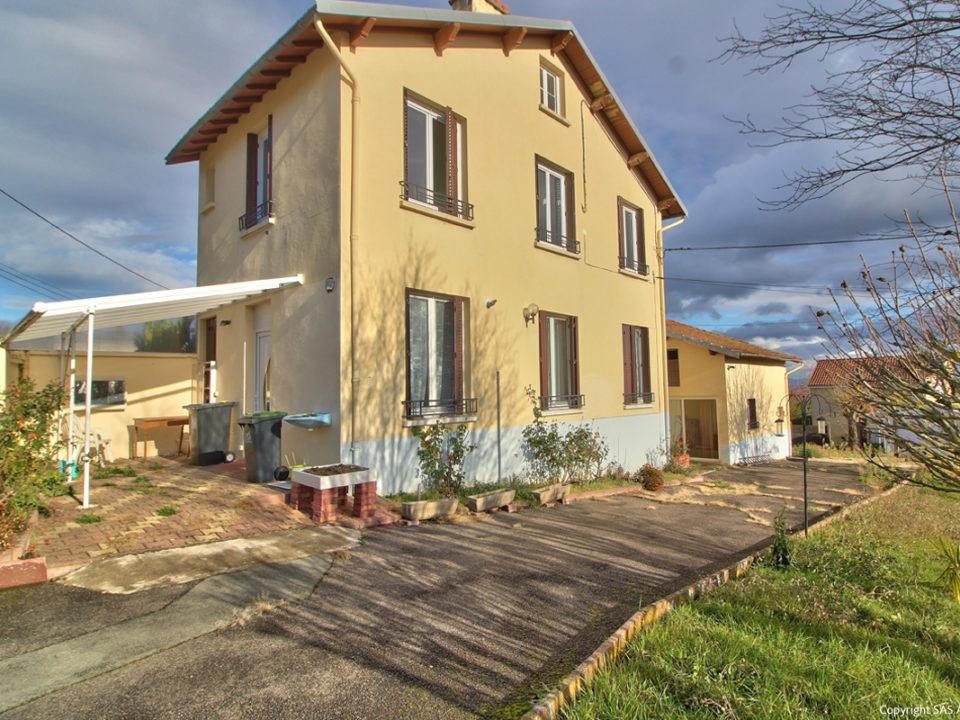 Maison à vendre CHATEL-GUYON Vente immobilière maison terrain
